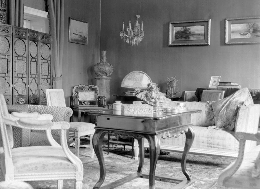 Ma már újra népszerűek az egyedi, művészi jellegű bútorok.
