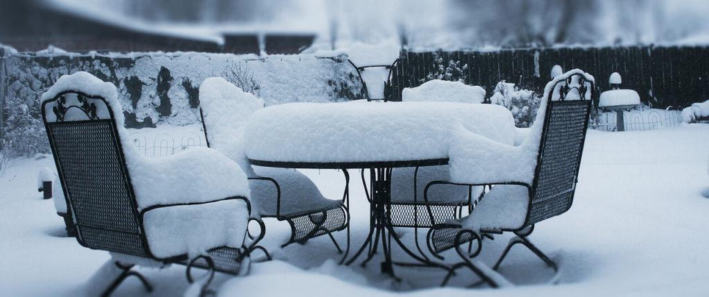 kerti bútoraink téli tárolása