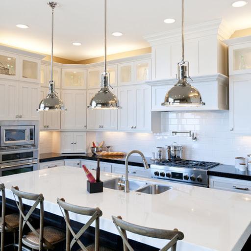 A konyhában fontos a megfelelő világítás.