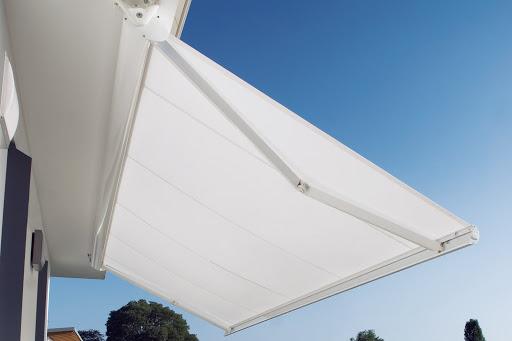 Válasszunk ideális és minőségi árnyékolót a teraszra és az erkélyre.