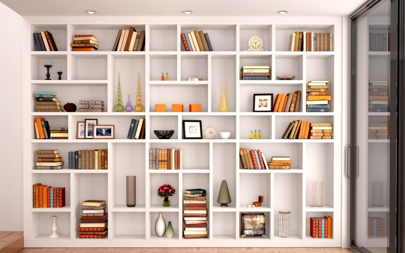 A könyvespolcon rendezetten tárolhatjuk a könyveket.